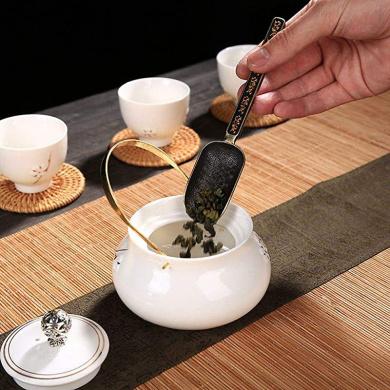 UPKOCH Ceramic Tea Leaf Scoop Tea Spoon Chinese Style Teaware Scoop Tea Shovel Teaware Accessories Spoon Tea Spoon for Office Tea Room Home 2Pcs Random Style