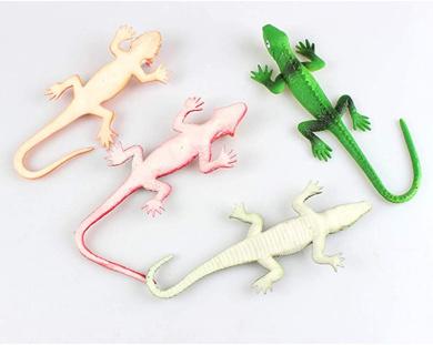 Different Gecko Lizard Crocodile Realistic Rubber Reptile Animal Figure Toy A1O9